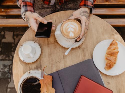 RADIO PER CAFFE, BAR E BAKERY